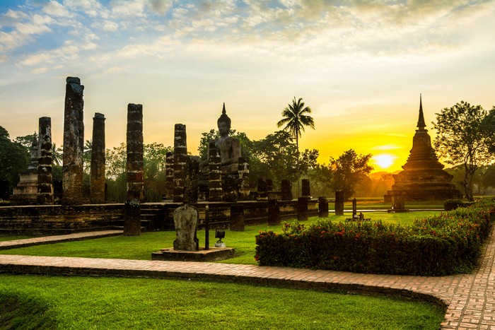 Vinylová fototapeta Wat Mahathat, Sukhothai Historický park - Vinylová fototapeta