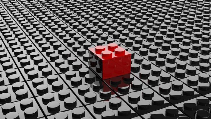 papier peint noir lego fond avec un bloc rouge debout pixers nous vivons pour changer. Black Bedroom Furniture Sets. Home Design Ideas