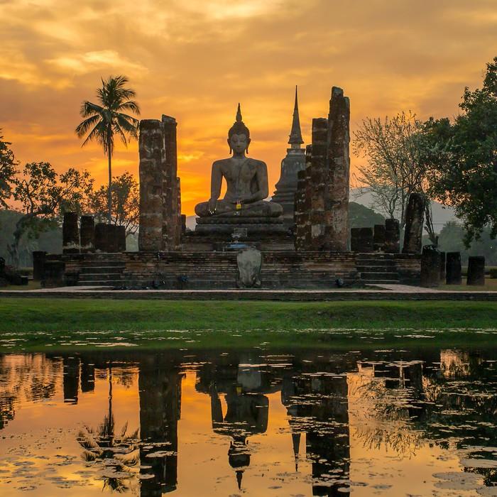 Buddha statue in Wat Mahathat temple, Sukhothai Historical Park, Vinyl Wallpaper - Themes