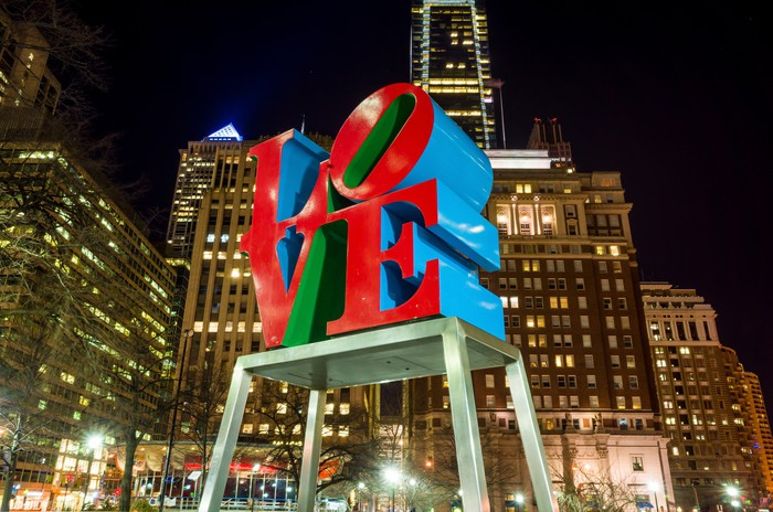 The Love Statue In The Love Park Philadelphia Canvas Print
