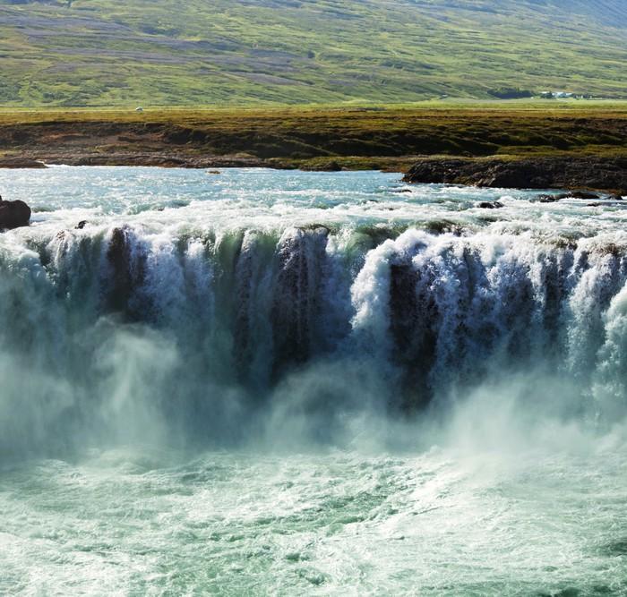 Vinylová Tapeta Vodopád na Islandu - Příroda a divočina