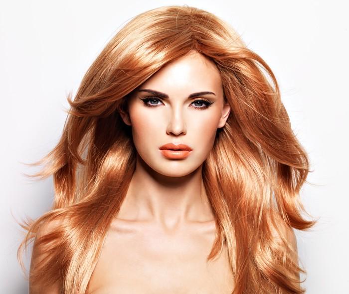 ulkopuolella Nainen punaiset hiukset