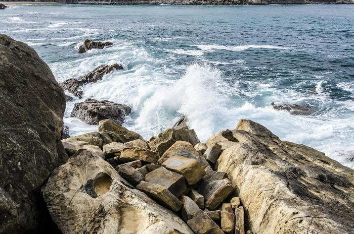 Vinylová Tapeta Skály v oceánu - Voda