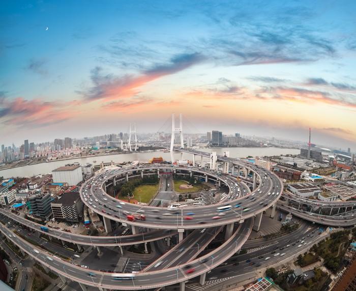 Vinylová Tapeta Letecký pohled na Shanghai Nanpu most v západu slunce - Infrastruktura