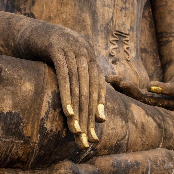 Papier Peint Vinyle Part d'une ancienne statue de Bouddha dans le temple de Sukhothai Hist - Thèmes
