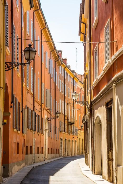 Vinylová Tapeta Středověké ulice ve starém městě Modena, Itálie - Památky