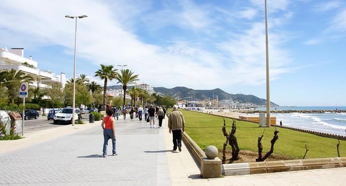Vinylová Tapeta Panoramica del Paseo de Sitges, Barcelona - Město