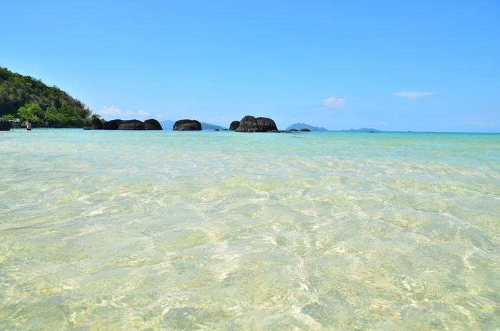 Vinylová Tapeta Letní pláž na ostrově - Ostrovy