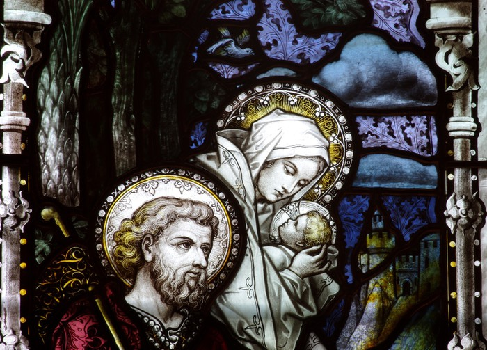 Fotomural Estándar Huida a Egipto: Jesús, María y José en vidrieras - Temas