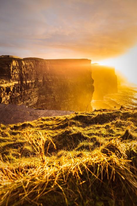 Vinylová Tapeta Cliffs of Moher při západu slunce v hrabství Clare, Irsko Evropě - Evropa