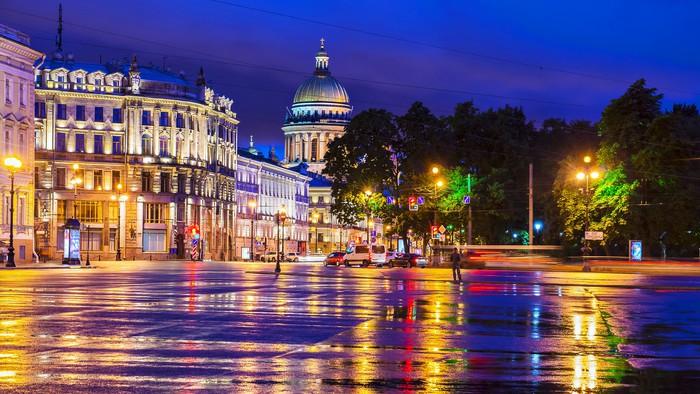 Vinylová Tapeta Palácové náměstí v Petrohradě (výhled na katedrálu svatého Izáka) - Asie