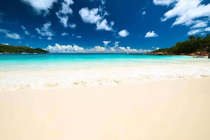Vinylová Tapeta Krásná pláž na Seychely - Voda