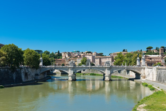 Vinylová Tapeta Most Il Tevere Ponte Vittorio Emanuele II v Řím, Itálie - Témata