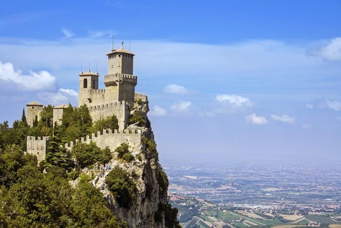 Vinylová Tapeta Pohled na San Marino - pevnost Guaita - Evropa