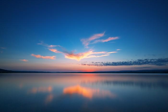 Vinylová Tapeta Západ slunce nad jezerem - Prázdniny