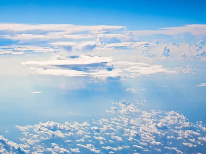 Vinylová Tapeta 海上 の 雲 - Voda