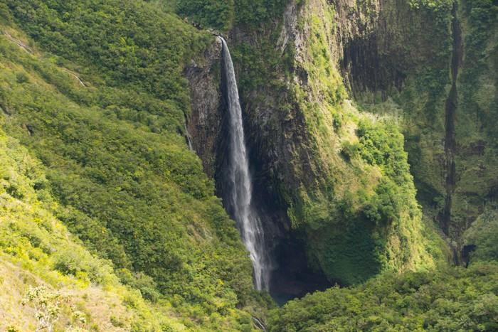 Vinylová Tapeta Wasserfall Réunion - Trou de Fer - Přírodní krásy