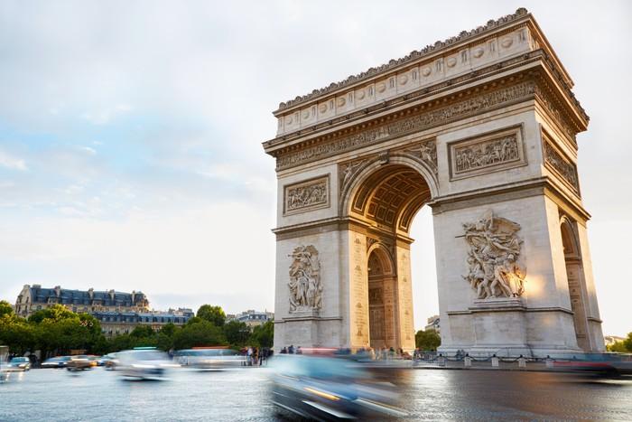Vinylová Tapeta Arc de Triomphe v Paříži odpoledne - Evropská města