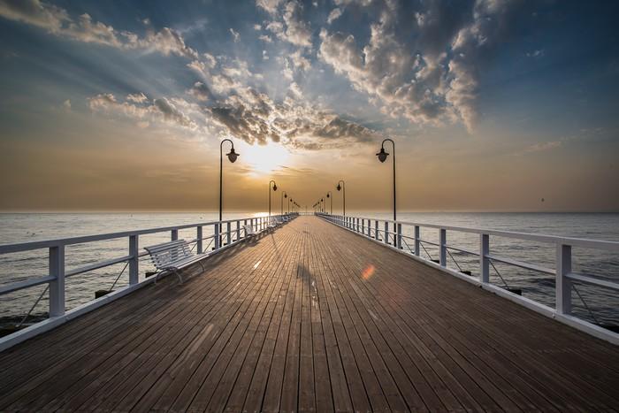 Carta da parati alba sul molo al mare gdynia orlowo for Carta da parati casa al mare