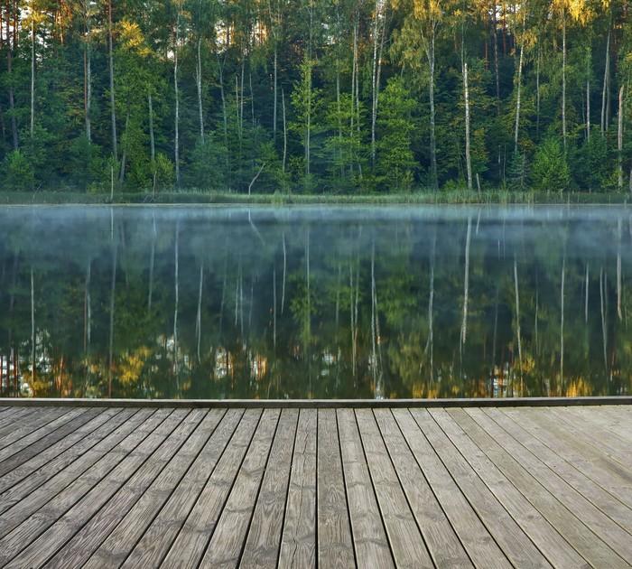 Vinylová Tapeta Molo s klidným jezerem - Prázdniny