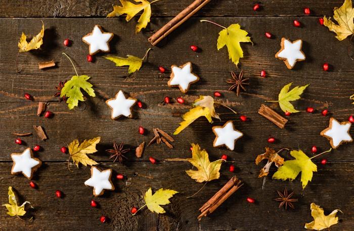 Vinylová Tapeta Foglie e biscotti natalizi, textura - Témata