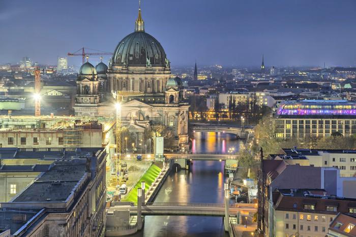 Vinylová Tapeta Berlínská katedrála a tři mosty přes řeky Sprévy - Evropa