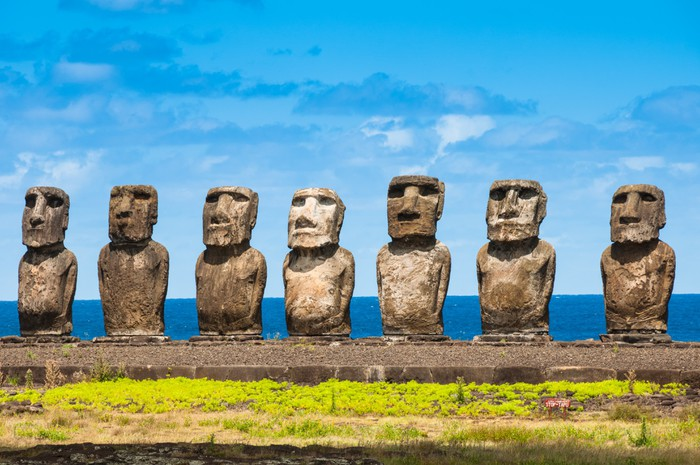 Vinylová Tapeta Moais v Ahu Tongariki, Velikonoční ostrov (Chile) - Amerika
