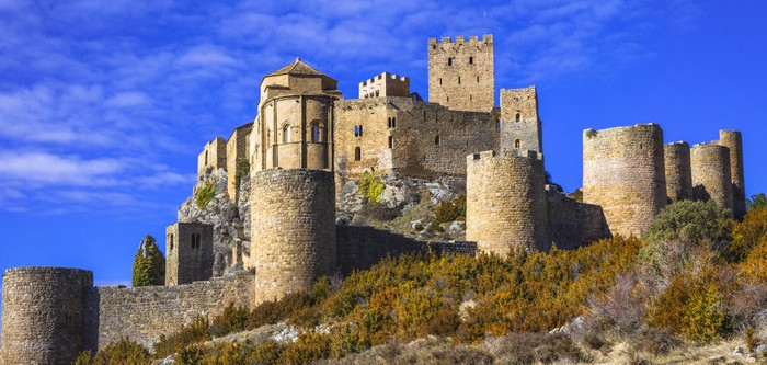 Vinylová Tapeta Impozantní středověký Loarre hrad, Aragon, Španělsko - Evropa