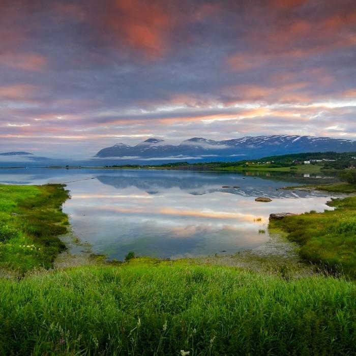 Vinylová Tapeta Jezero v Norsku - Příroda a divočina