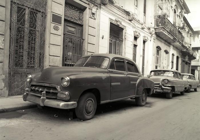 papier peint vieilles voitures am ricaines la havane cuba pixers nous vivons pour changer. Black Bedroom Furniture Sets. Home Design Ideas
