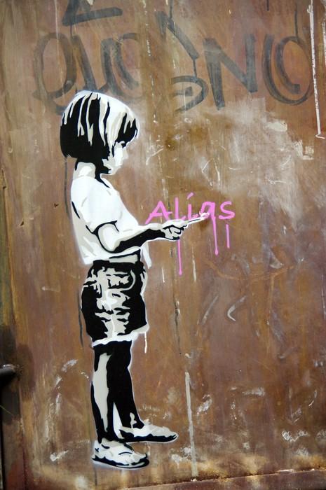 Fillette peinte sur un mur, Berlin, Allemagne.